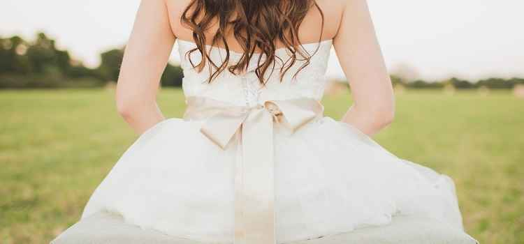 where to buy good quality wedding underskirts