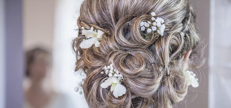 how to find a local wedding hairdresser