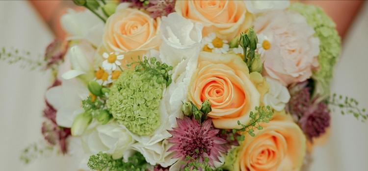 how to find local wedding florists