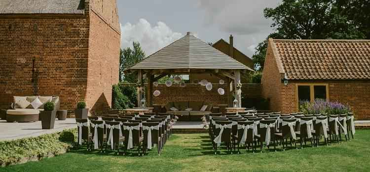 searching for a wedding venue