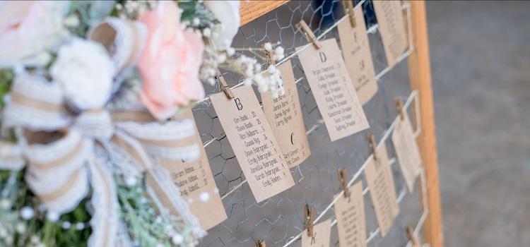 arranging your wedding seating plan